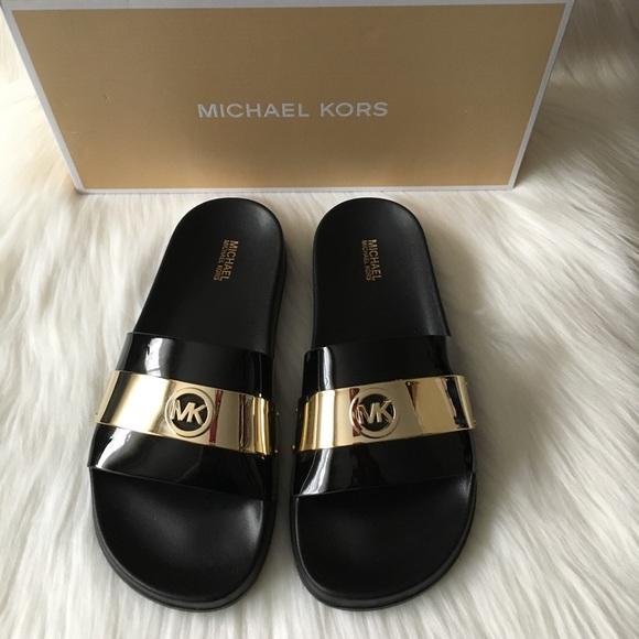 0e9e55f4452a NWT Michael Kors Jett Slide Sandals